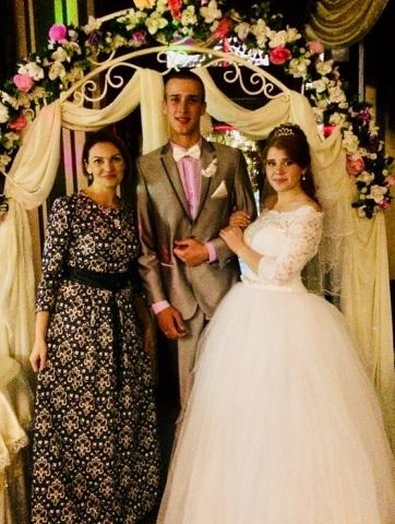Тамада Ирина из Витебска с молодоженами