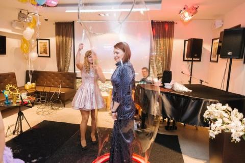Ведущая Ирина и Таня Забияка