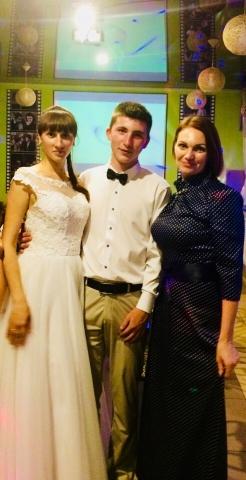 Тамада с Молодыми на свадьбе в Витебске